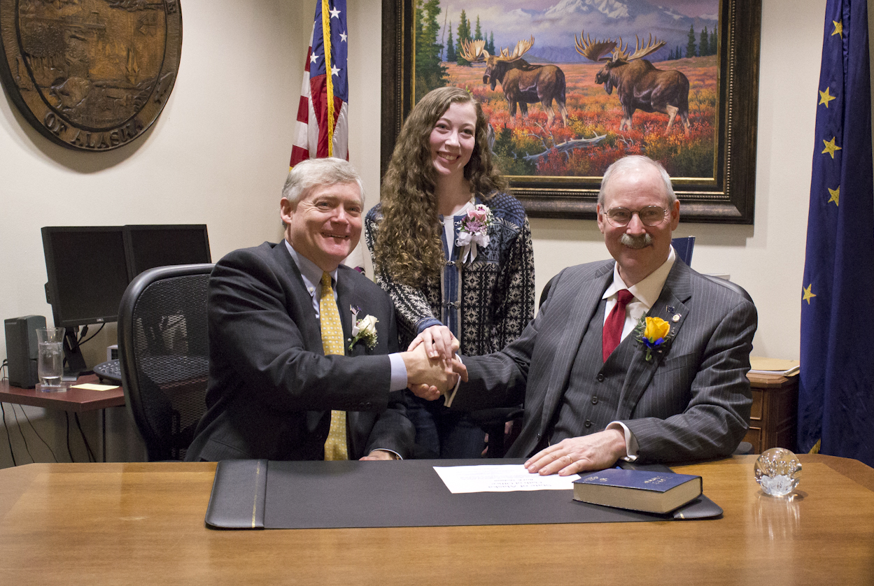 Sen. Stedman and his daughter Susie shake hands with Lt. Governor Treadwell