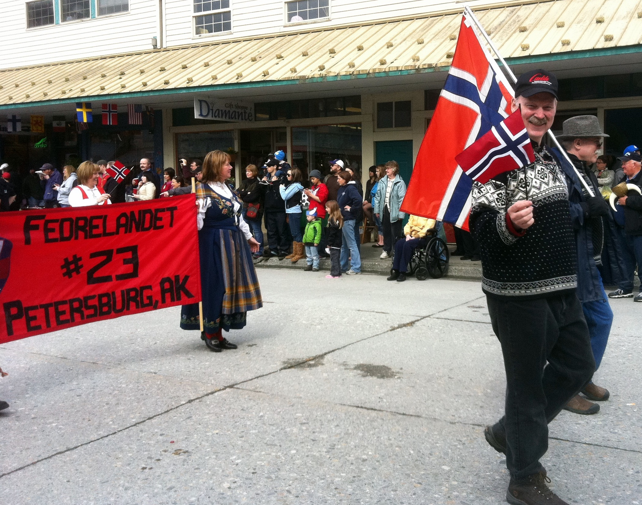 little-norway-parade